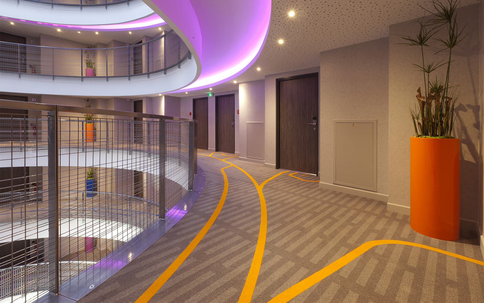 TOP Spectacular Design at the six Storeys Quality Hotel Toulouse Sud, Toulouse copy-1