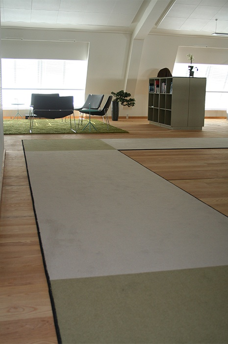 acoustic-carpet-in-an-office