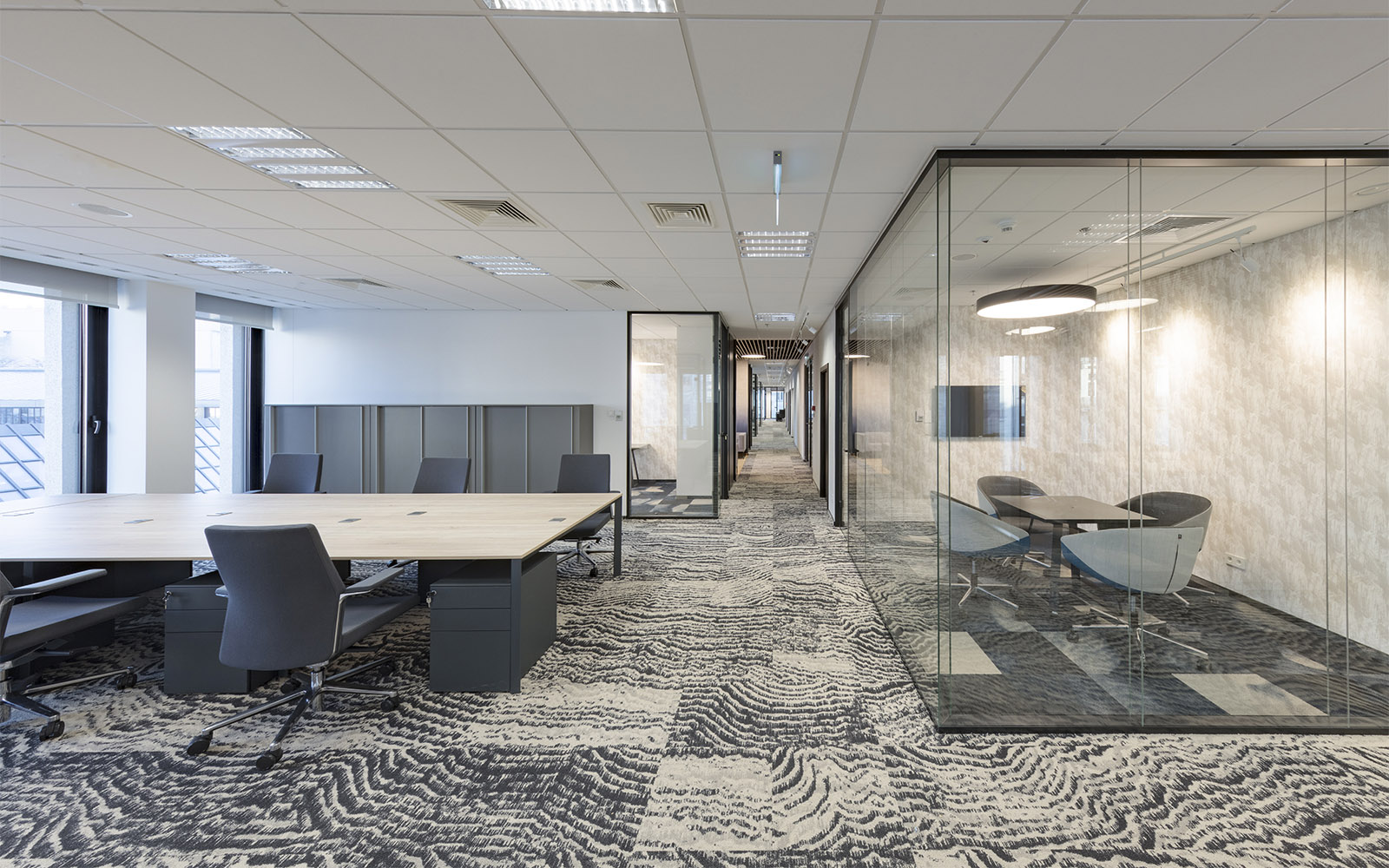 Choosing and Planning Carpets for Your Office Project